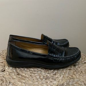 Cole Haan black leather loafers flats Erika 7.5